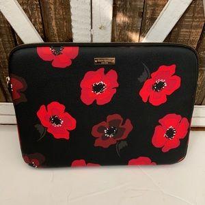 Kate Spade   Wilson Road poppy flower laptop case